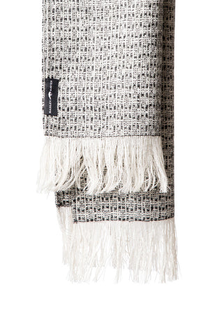 THE LAWRENCE SCARF