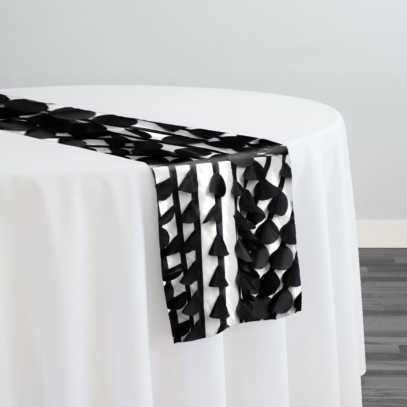 Funzie (Circle Hanging) Taffeta Table Runner in Black and White