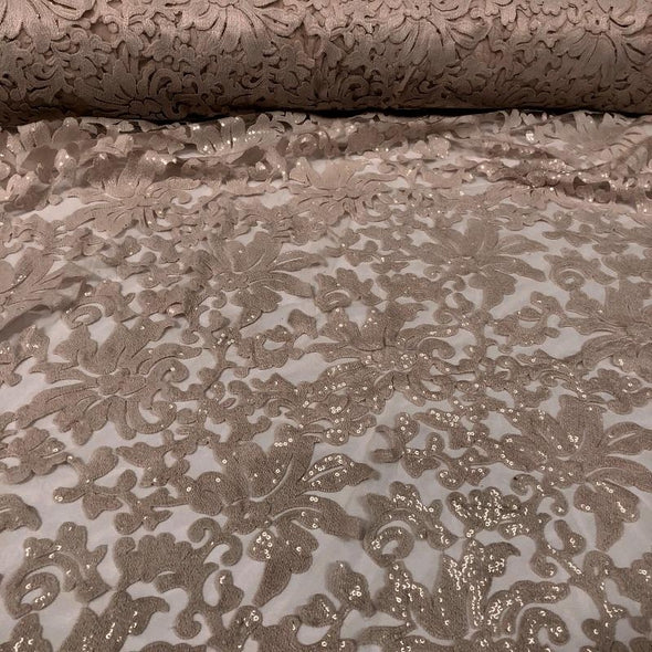 Milan Lace Table Runner in Champagne