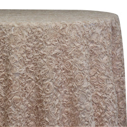 Lush Chiffon Table Linen in Champagne