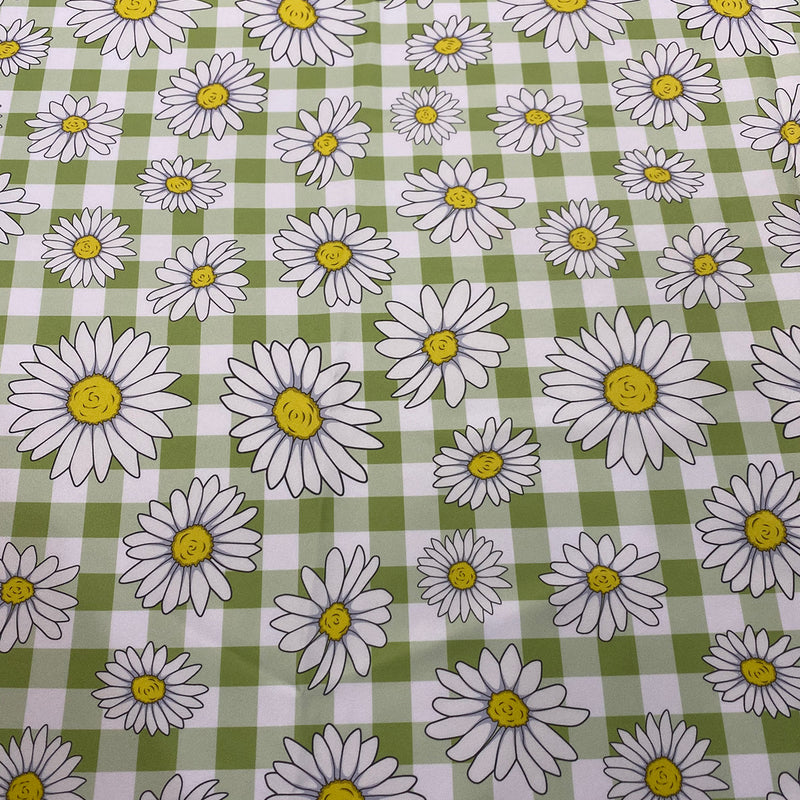 Daisy Checker (Poly Print) Table Runner