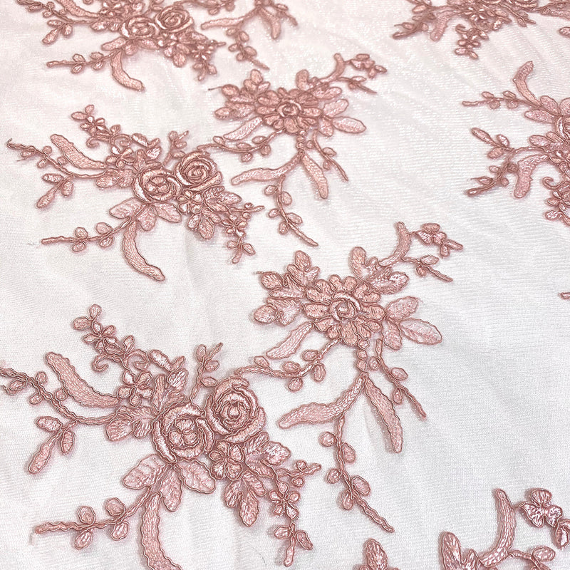 Laylani Lace Table Runner in Dusty Rose