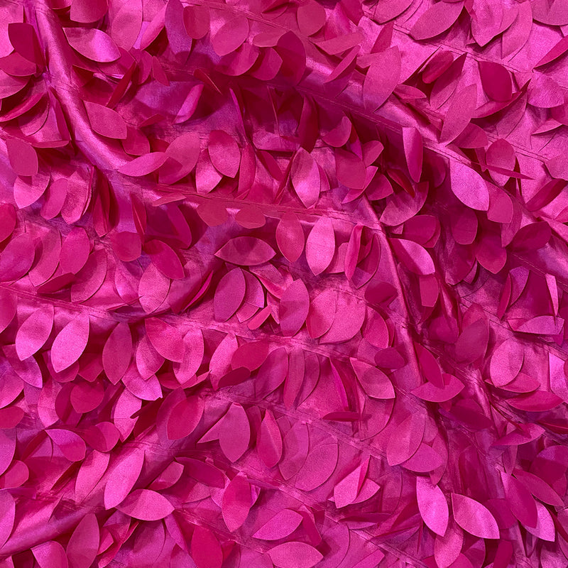 Leaf Hanging Taffeta Table Linen in Fuchsia