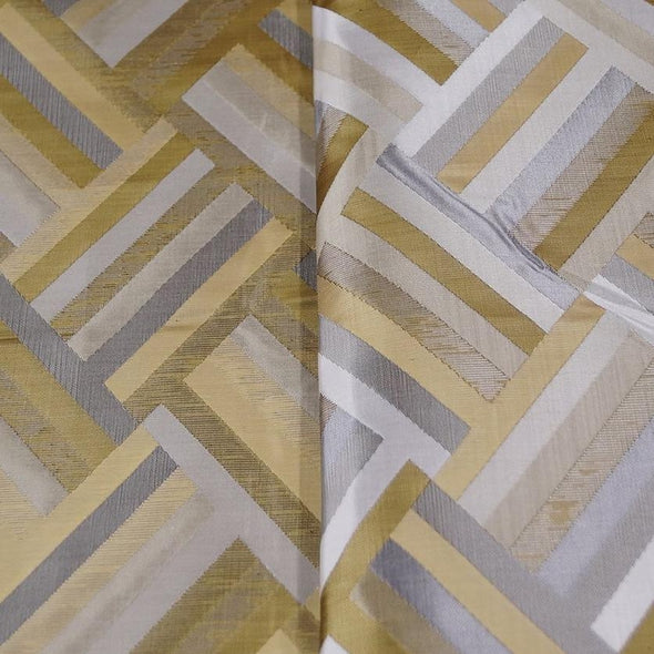Broadway Jacquard (Reversible) Table Linen in Gold