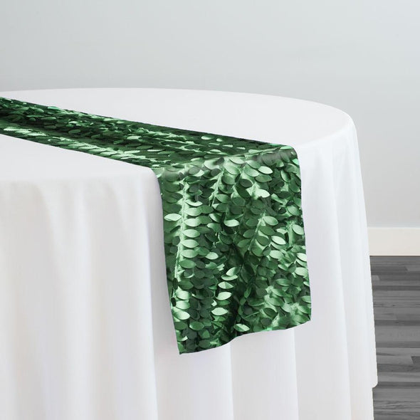 Leaf Hanging Taffeta Table Runner in Hunter Green