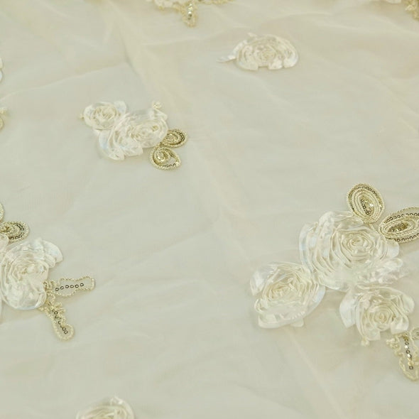 Posh Collection Table Runner in Ivory