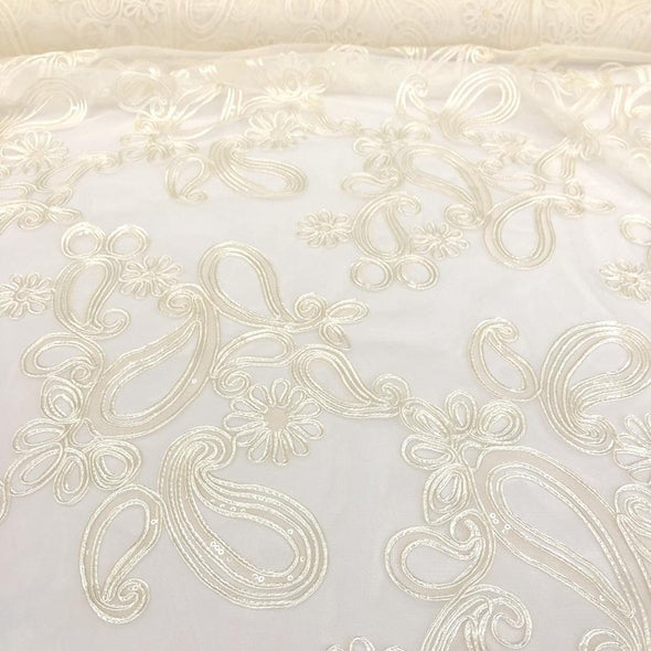 Paisley Floret Sequins Table Runner in Ivory