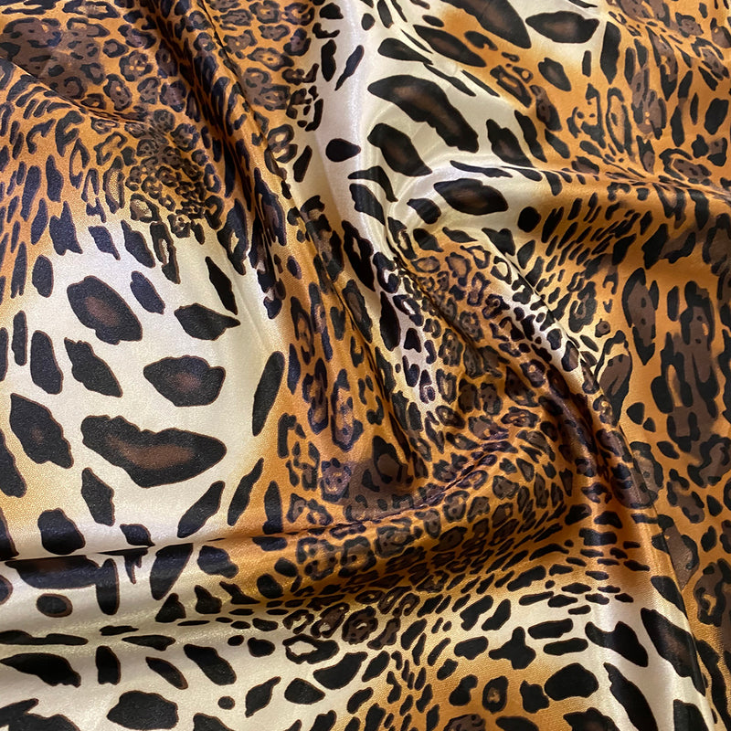 Animal Print Wholesale Fabric in Leopard