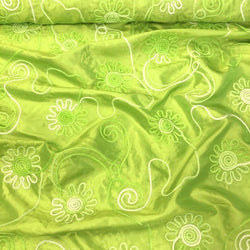 Eyelash Embroidery Table Linen in Lime