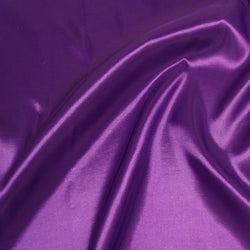 Taffeta (Solid) Table Napkin in Magenta 084