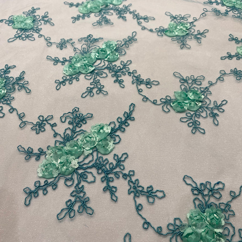 Baby Rose Embroidery (w/ Poly Lining) Table Napkin in Mint