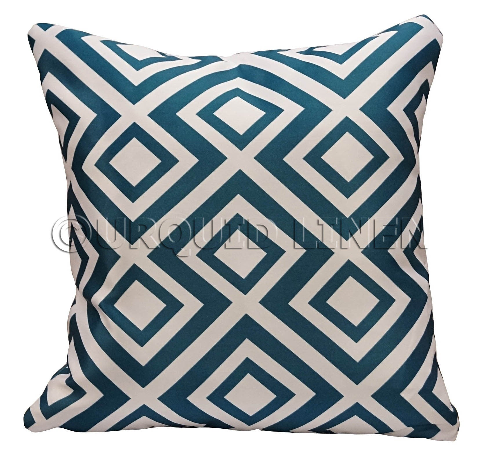 Paragon Lamour (Print) Throw Pillow