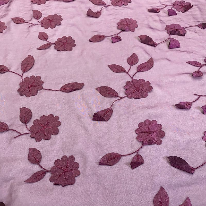 Lily Petal Table Runner in Plum