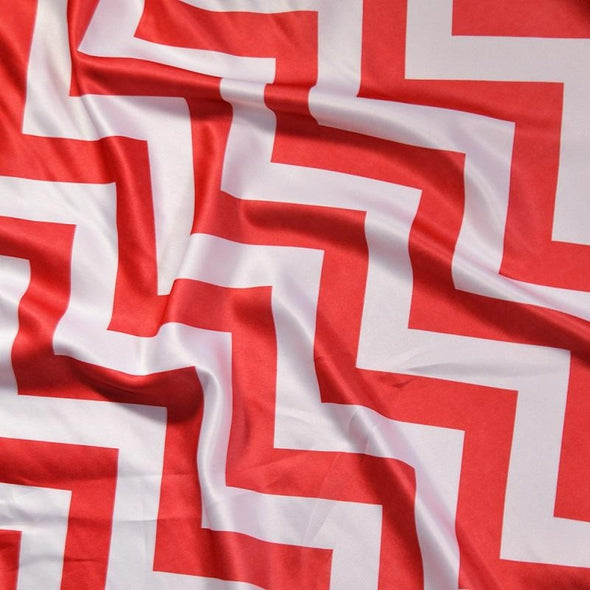 Chevron Print (Lamour) Table Runner in Red and White