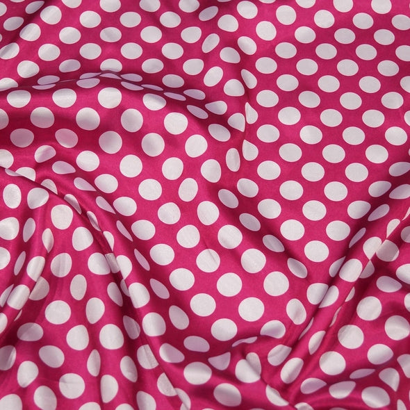 Satin Polka Dot Table Runner in White and Fuchsia
