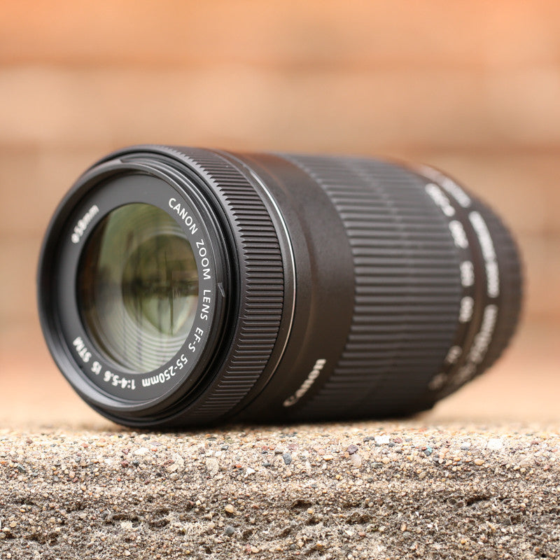 Canon EF-S 55-250 f4-5.6 IS STM