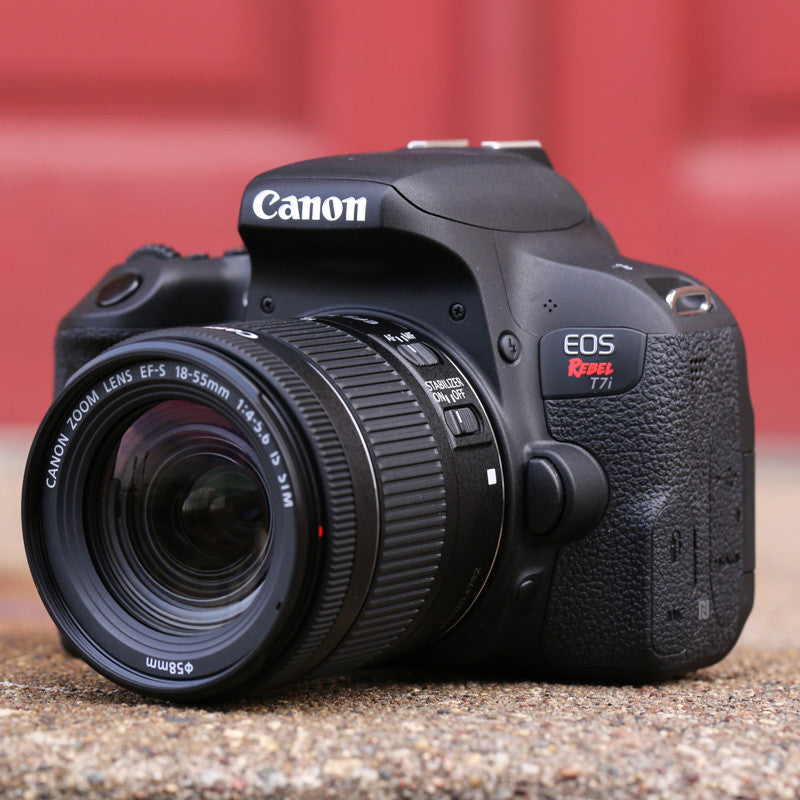 Canon EOS Rebel T7i 18-55mm Kit