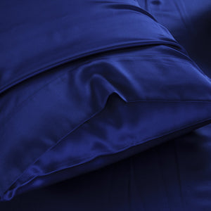 Silk pillowcase for hair and skin