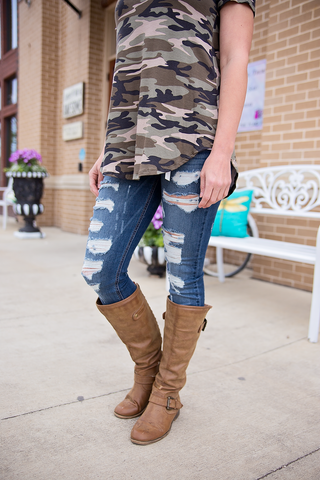 Distressed Dark Skinny Jeans