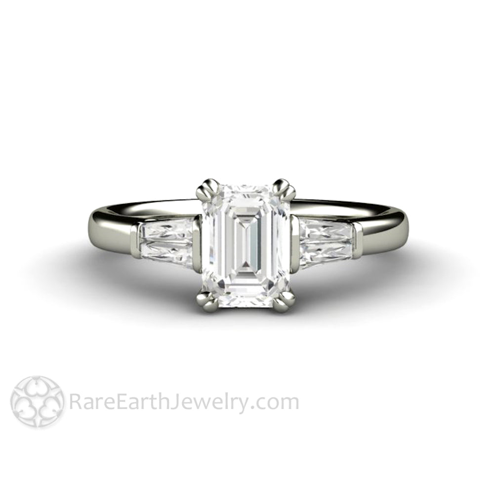 diamond tapered ring p tw platinum in ct baguette engagement rings