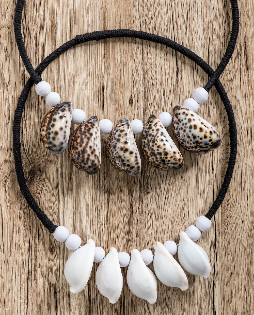 Cowrie Shell Wall Hanging - White