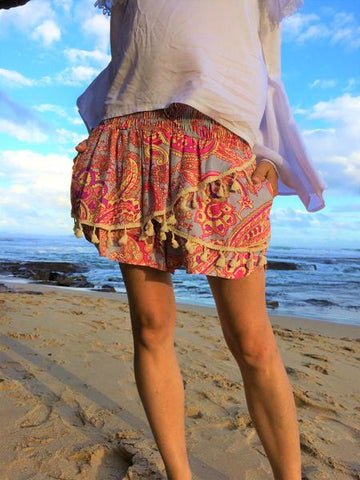 Ladies skort with elasticated waist -Brown hibiscus print