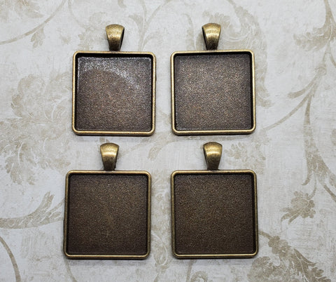 25mm Antique Bronze Square Settings (4) - L1158