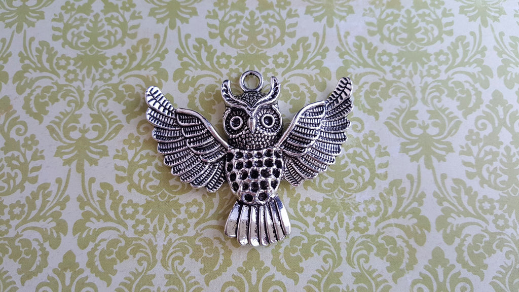 Large Antique Silver Owl Charm (1) - L890 Jewelry Finding