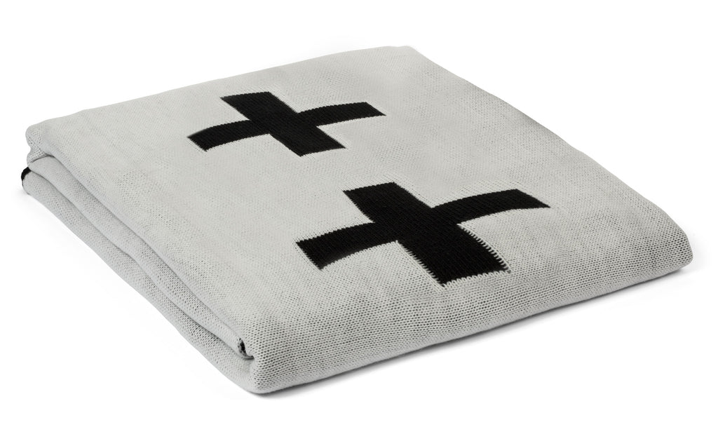 Large Reversible Cross Blanket