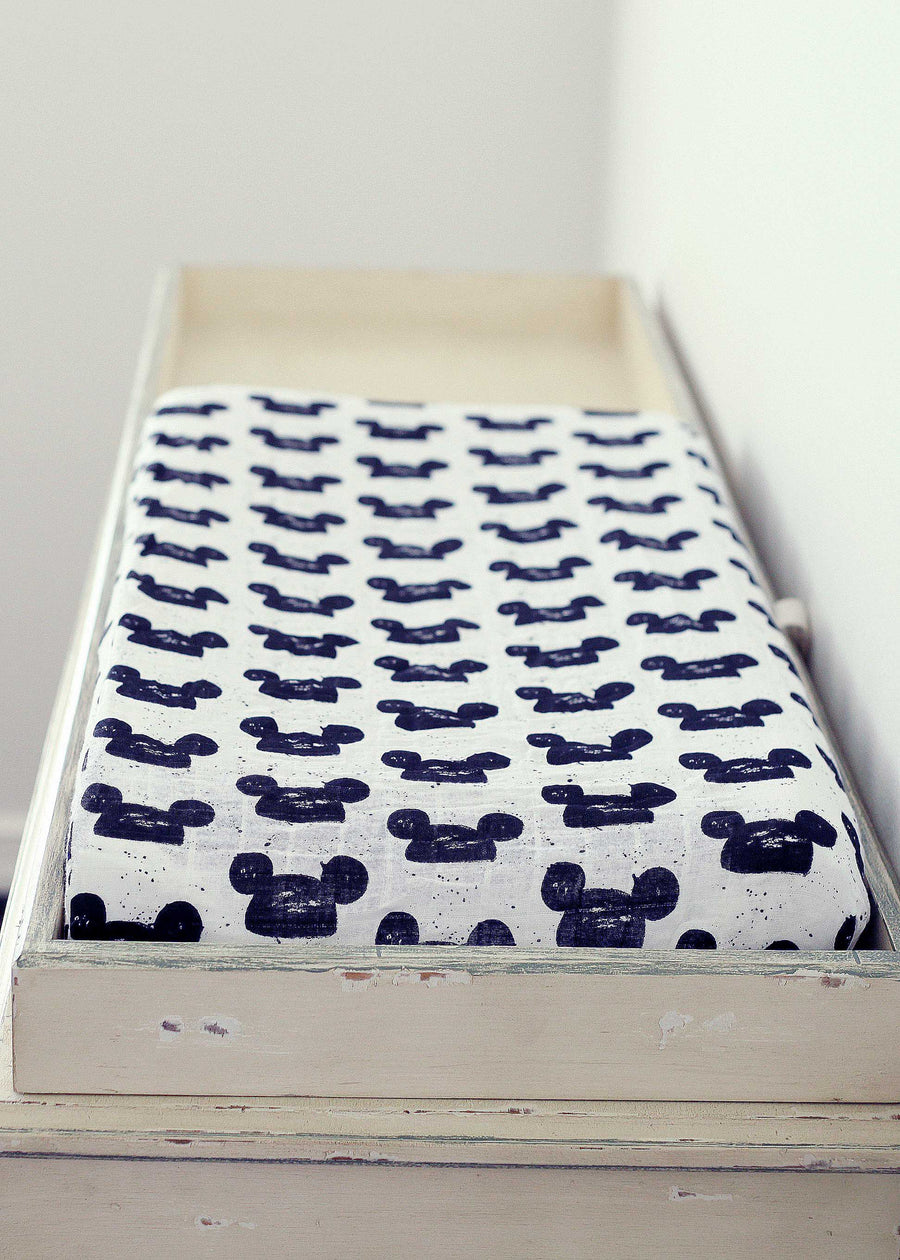 Changing Pad Cover -  Modern Mouse
