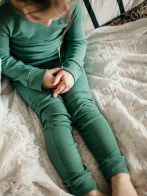 Load image into Gallery viewer, FINAL SALE - Organic Thermal Pajama Set -  PINE GREEN