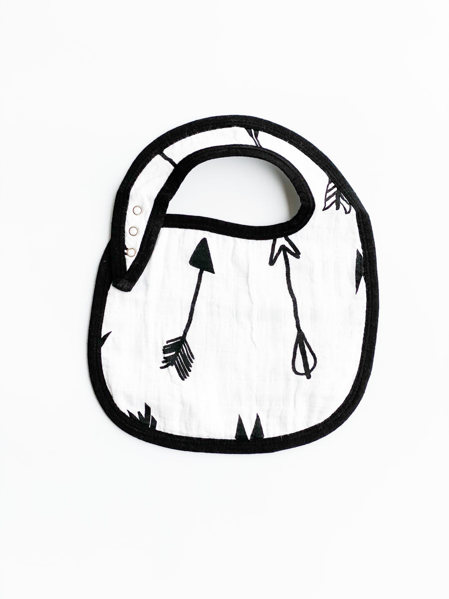 *JUST RESTOCKED* Organic cotton muslin bib -  Arrows ©