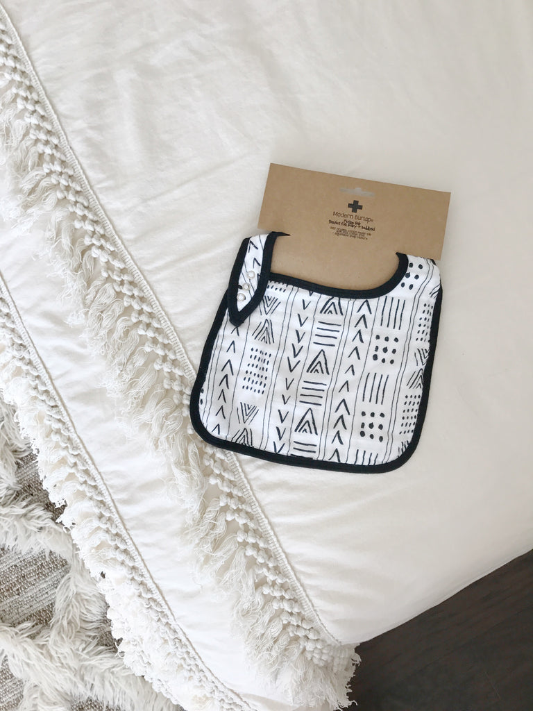 Organic cotton muslin bib -  Mud Cloth