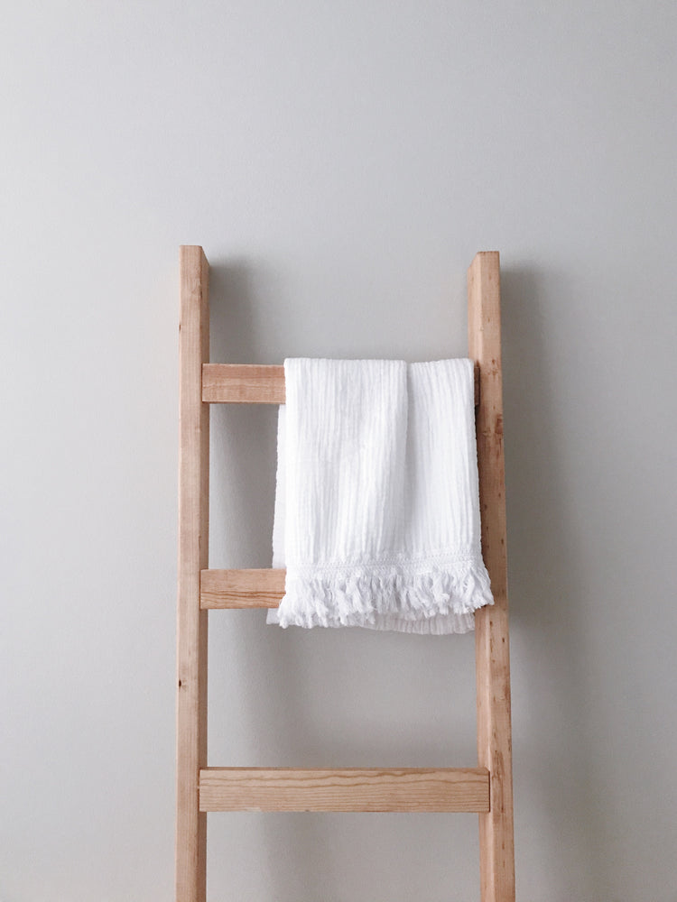 Load image into Gallery viewer, Organic Cotton Muslin XL Throw Blanket -   White Fringe