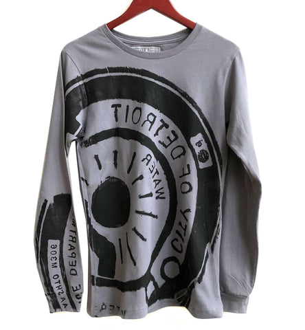 Manhole Cover Print Longsleeve T-Shirt, Storm Grey. Spirit of Detroit