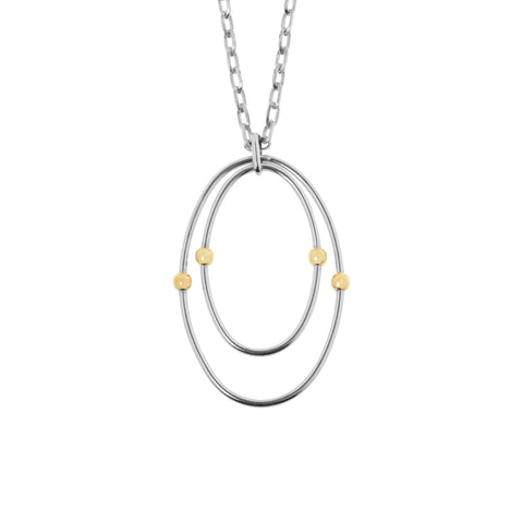 Evie necklace features a pendant with two oval sterling silver rings with 14k yellow gold trims, hung on a sterling silver Anchor chain, total length 49cm, ref 6367.
