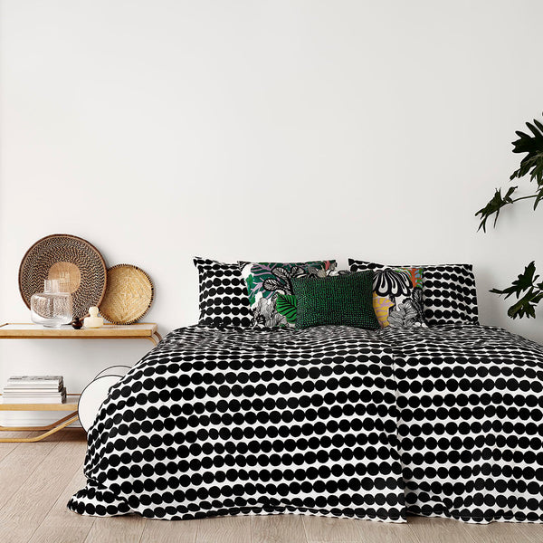 Marimekko Räsymatto 100% Cotton Bedding Collection - Black/White