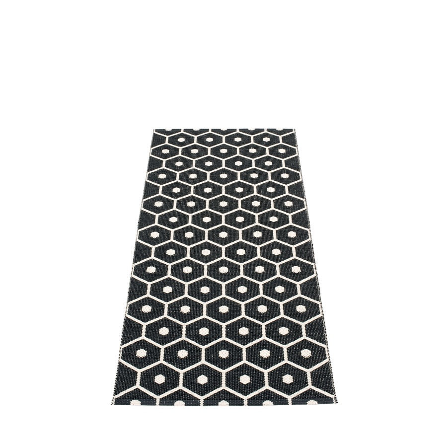Pappelina Rug - Honey - Black / Vanilla