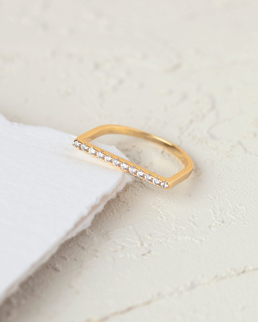 Gardenia Accented Bar Ring