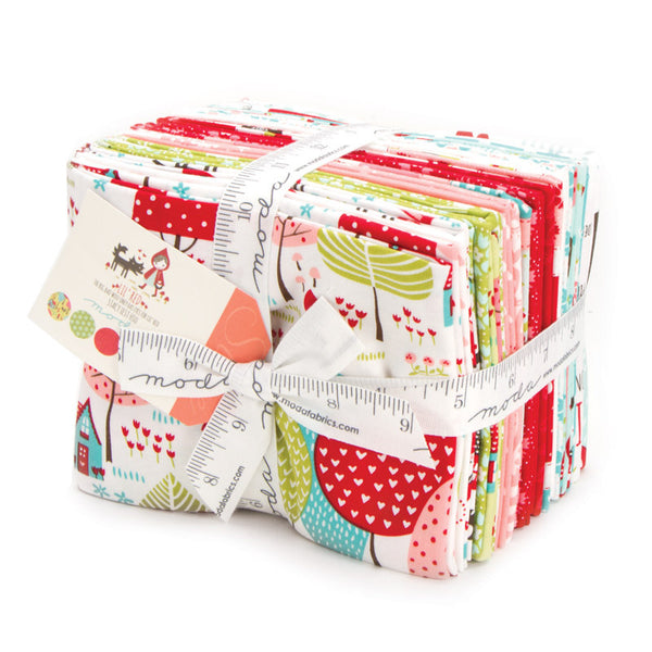 Lil Red by Stacy Iest Hsu for Moda Fat Quarter Bundle - Lady Belle Fabric  - 1
