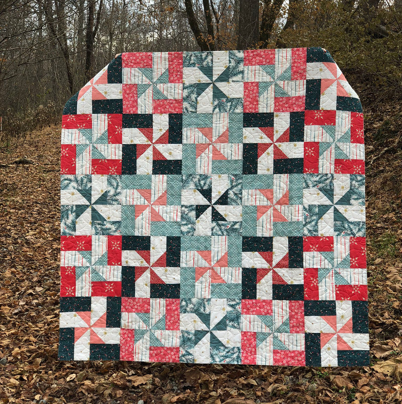 Beacon Quilt Kit by Maureen Cracknell featuring Merry & Bright Fabrics