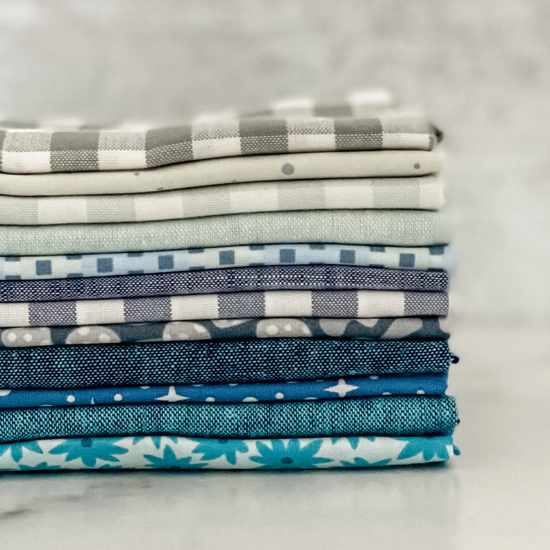 Paintbox Winter Basics by Elizabeth Hartman for Robert Kaufman Fat Quarter Bundle