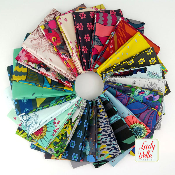 Mod Corsage by Anna Marie Horner for Free Spirit Fat Quarter Bundle