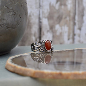 Sterling Silver Carnelian Ring with Floral Band