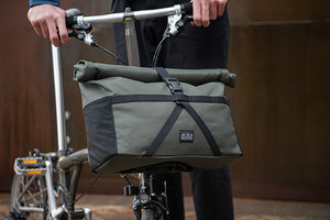 Borough bag M, Olive, with frame