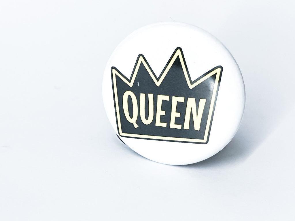 Queen Button - InclusiveRandomness