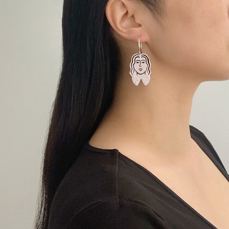 Amelie Face Hoop Earrings in Pink