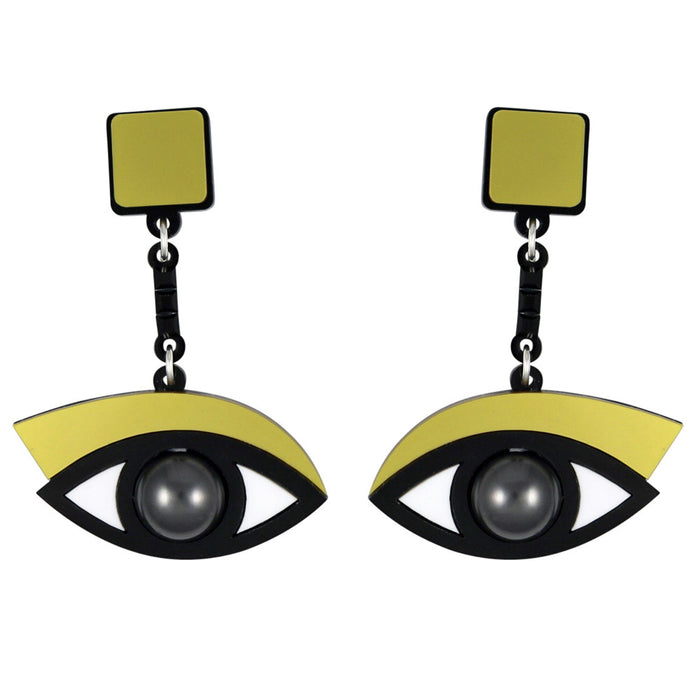 In the Blink of an Eye Earrings in gold