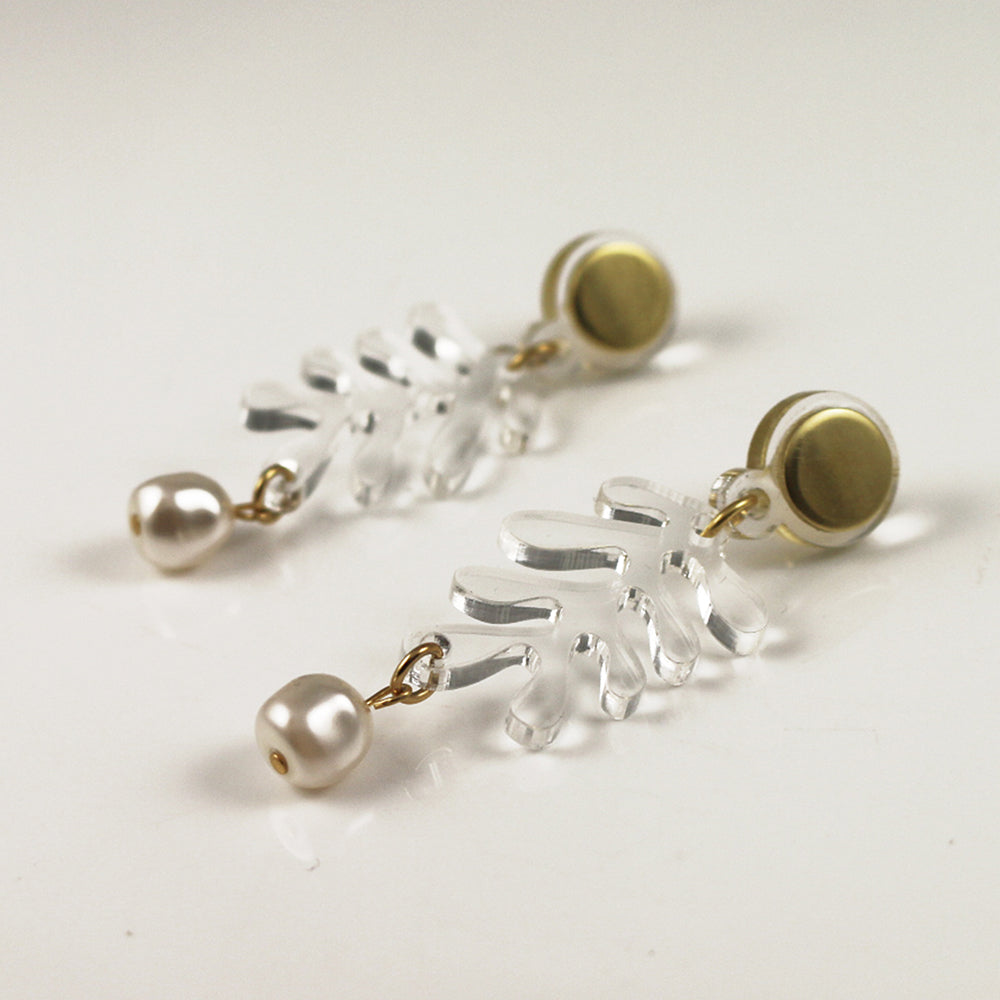 Mini Tendril Earrings in Clear