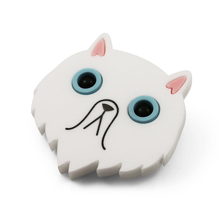 Cat brooch in white